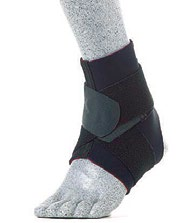 McDavid A432 thermal ankle support w/straps